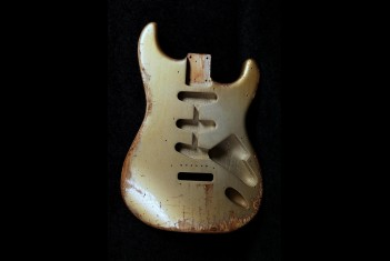 Strat bodies aged nitro finish