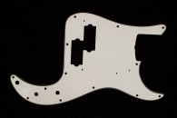 P-Bass Pickguard Vintage White - 3 Ply