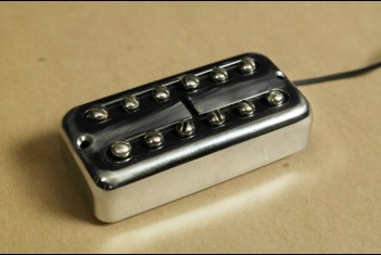 Rebel Vintage RV TRON Pickup - Neck Position