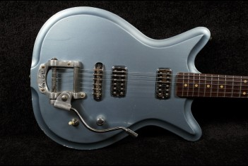 RebelRelic Roadster Custom Deluxe Ice Metallic Blue